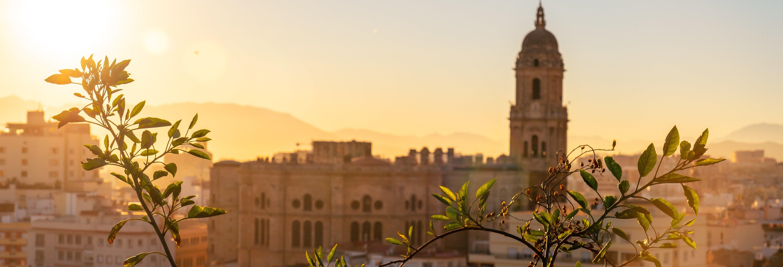 Tour privado en coche eléctrico por Málaga