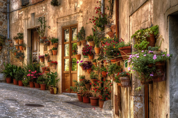 Streets in the historic centre of Valldemossa