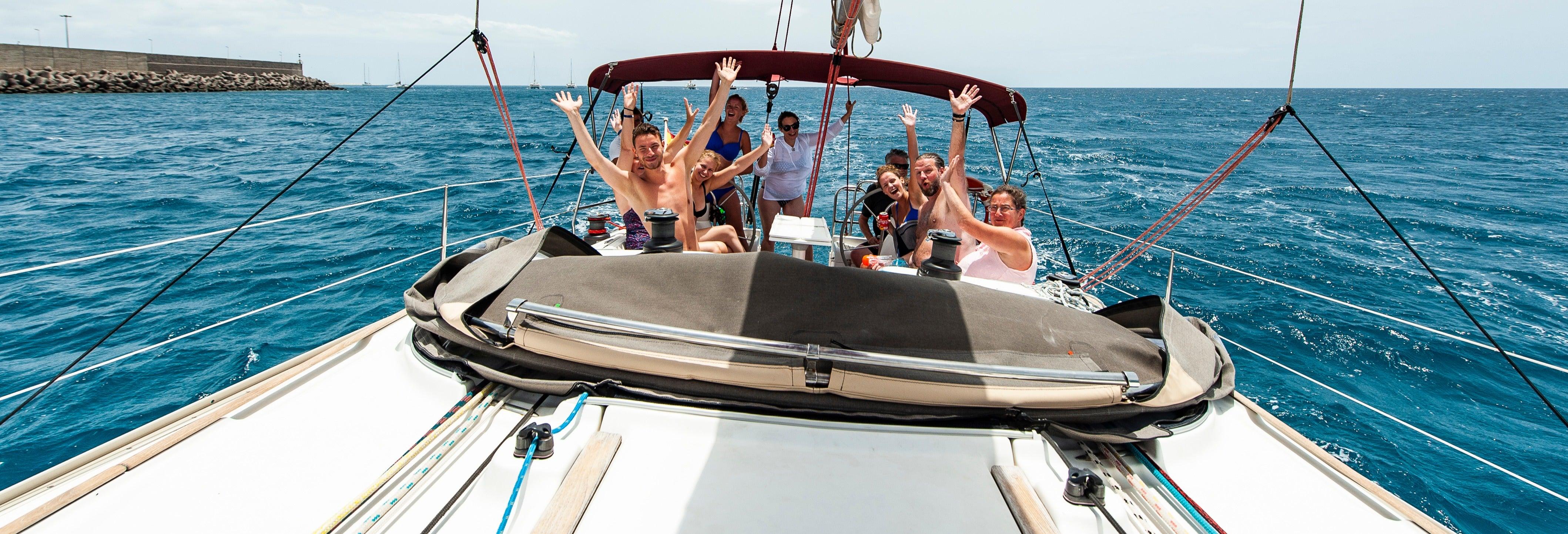 Paseo en velero con avistamiento de cetáceos desde Morro Jable