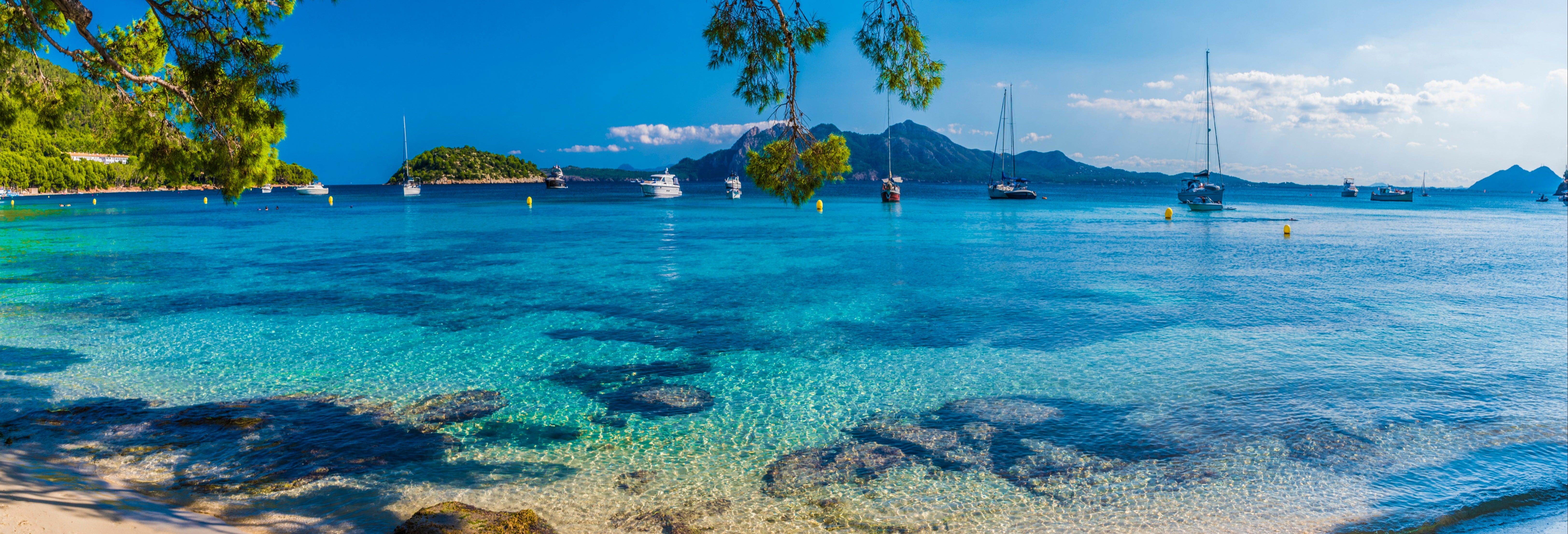 Formentor y mercadillos típicos desde el sur de Mallorca
