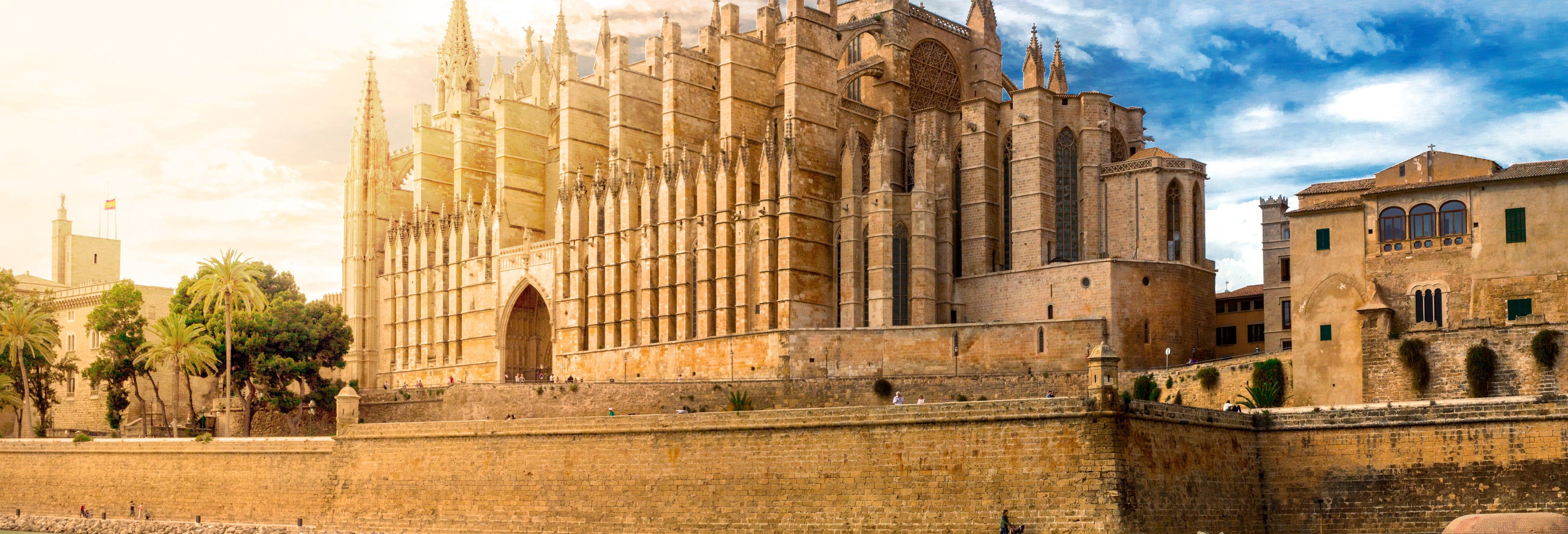 Visita guiada por la catedral de Palma