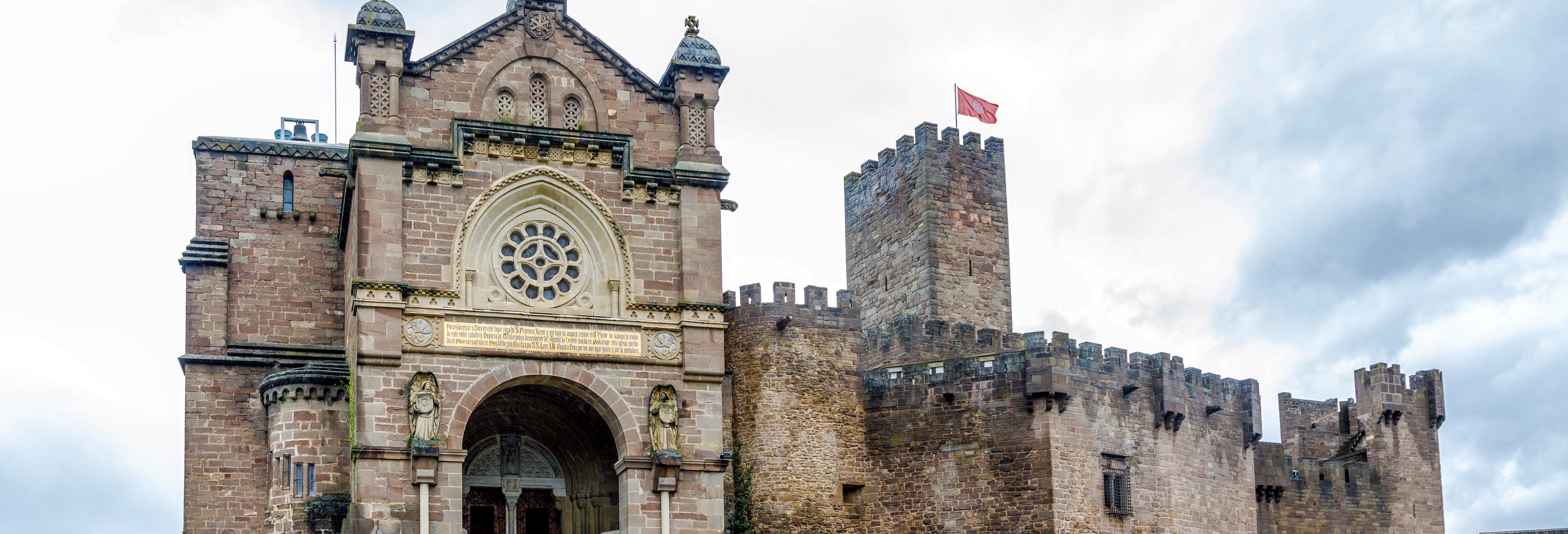 Olite, monasterio de Leyre, castillo de Javier y Ujué