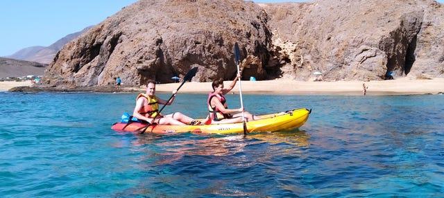 Kayak y snorkel en la playa de Papagayo desde Playa Blanca