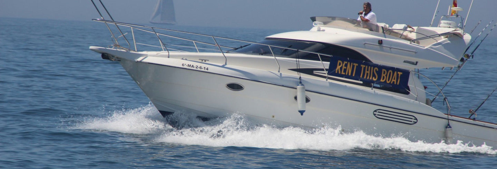 Paseo en barco privado por Puerto Banús