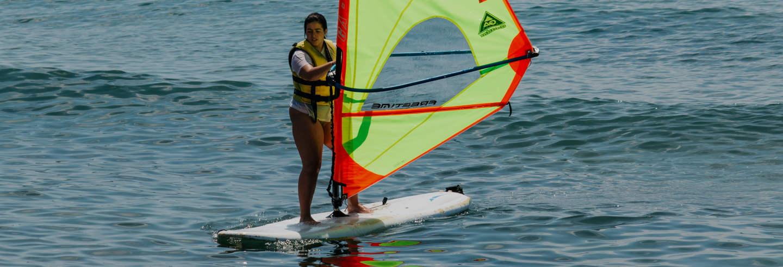 Curso de windsurf en Salou