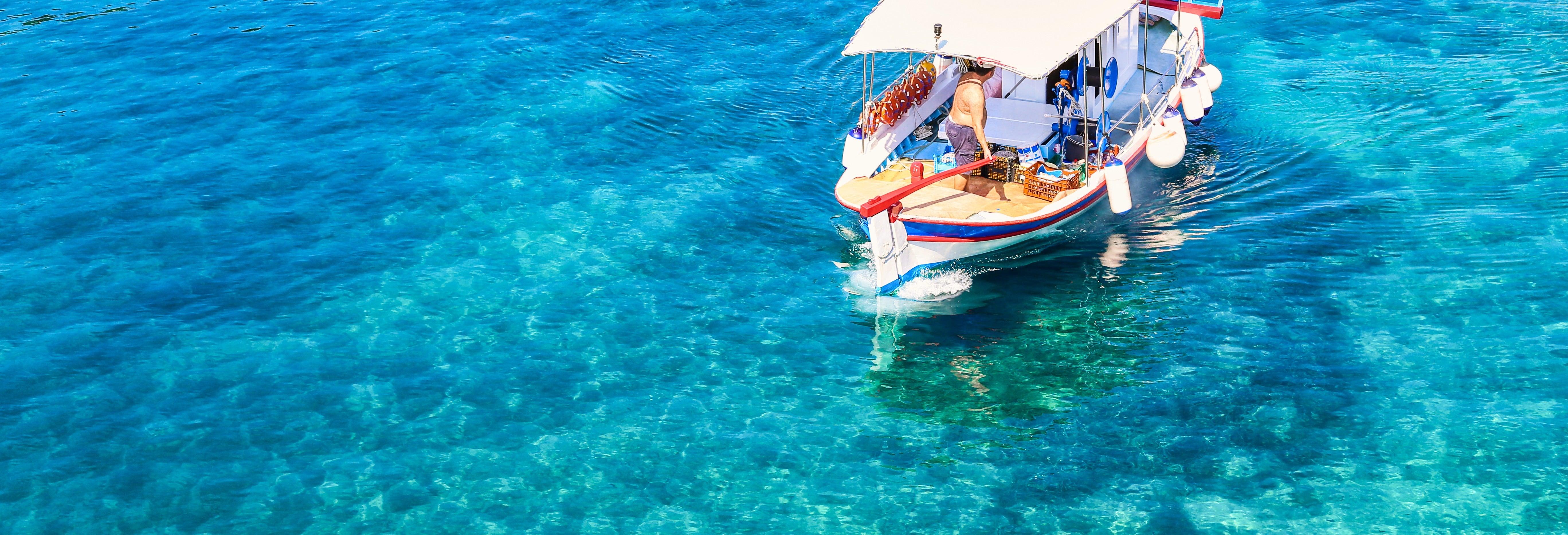 Paseo en barco por las calas de Ibiza desde San Antonio