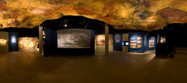 Entrada al Parque de la Prehistoria de Teverga