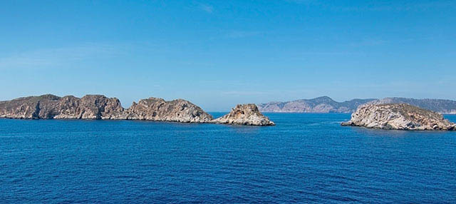 Paseo en barco con snorkel por las Islas Malgrats desde Santa Ponsa