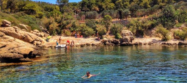 Catamarán por la costa de Mallorca y la Isla Dragonera