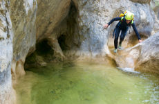 Descenso de barranco en la Vega del río Pas