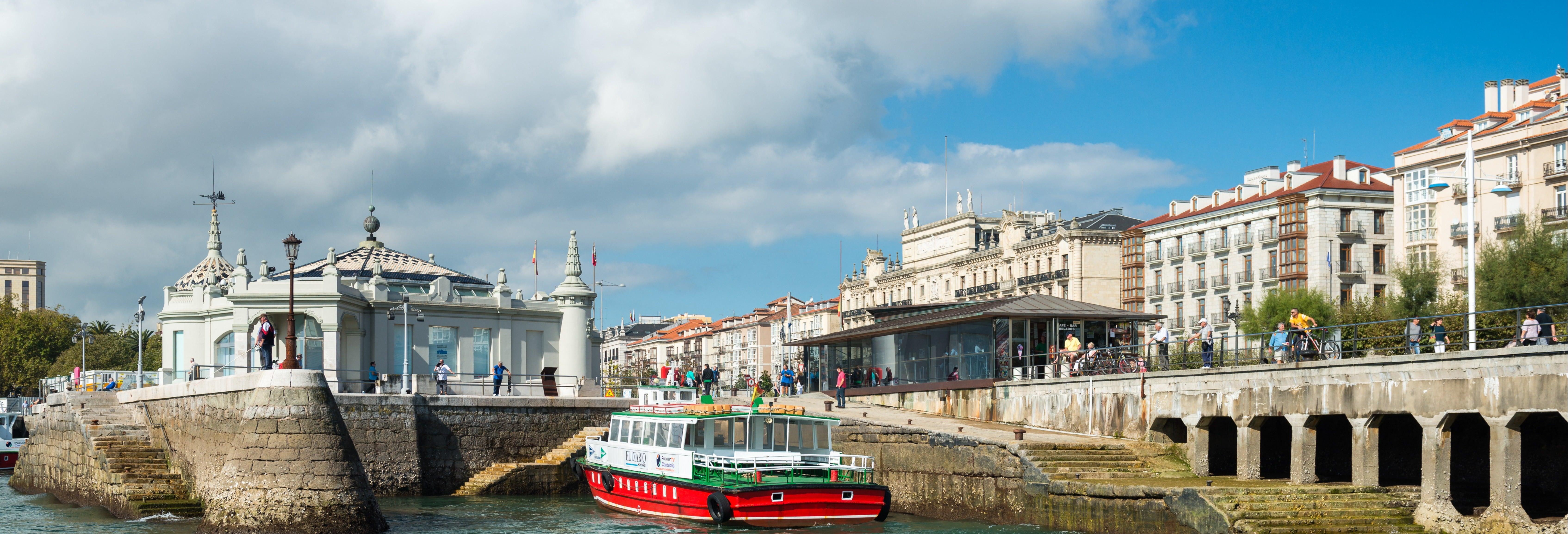Passeio de barco pela baía de Santander