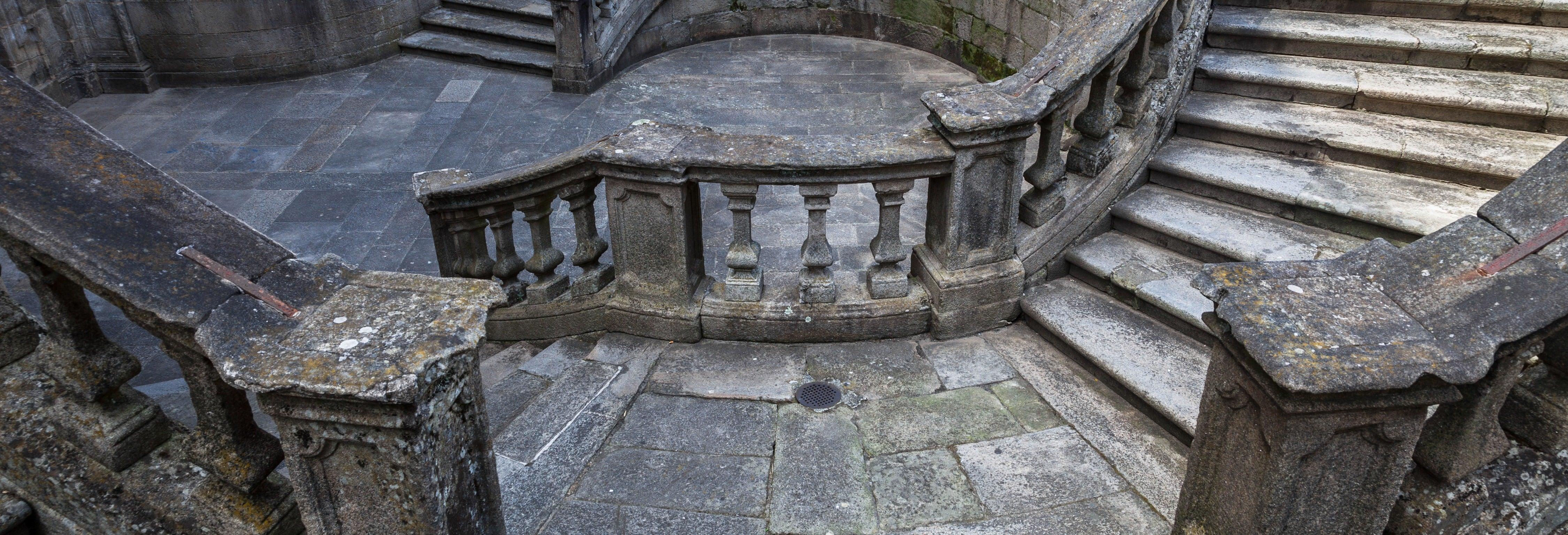 Tour pelas igrejas de Santiago de Compostela