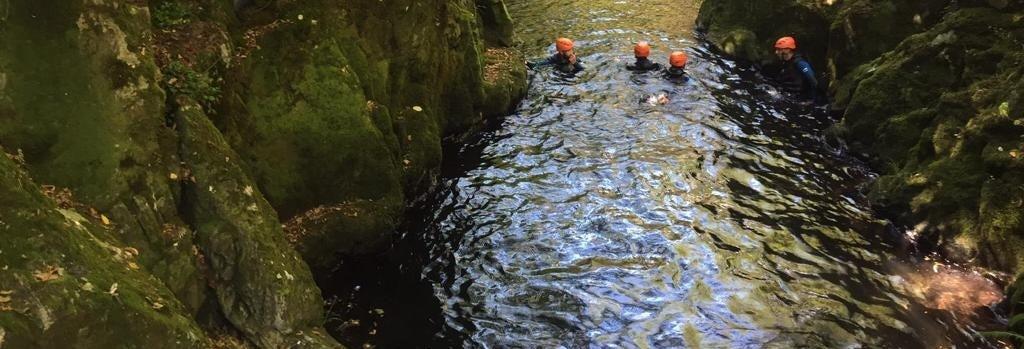 Canyoning no rio Tins