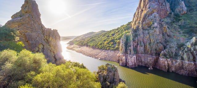 Paseo en barco por Monfragüe