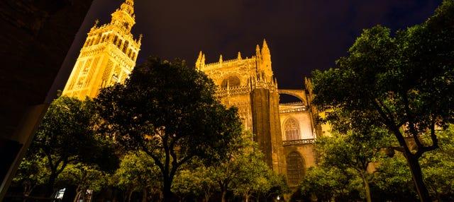 Tour de los misterios y leyendas de Sevilla