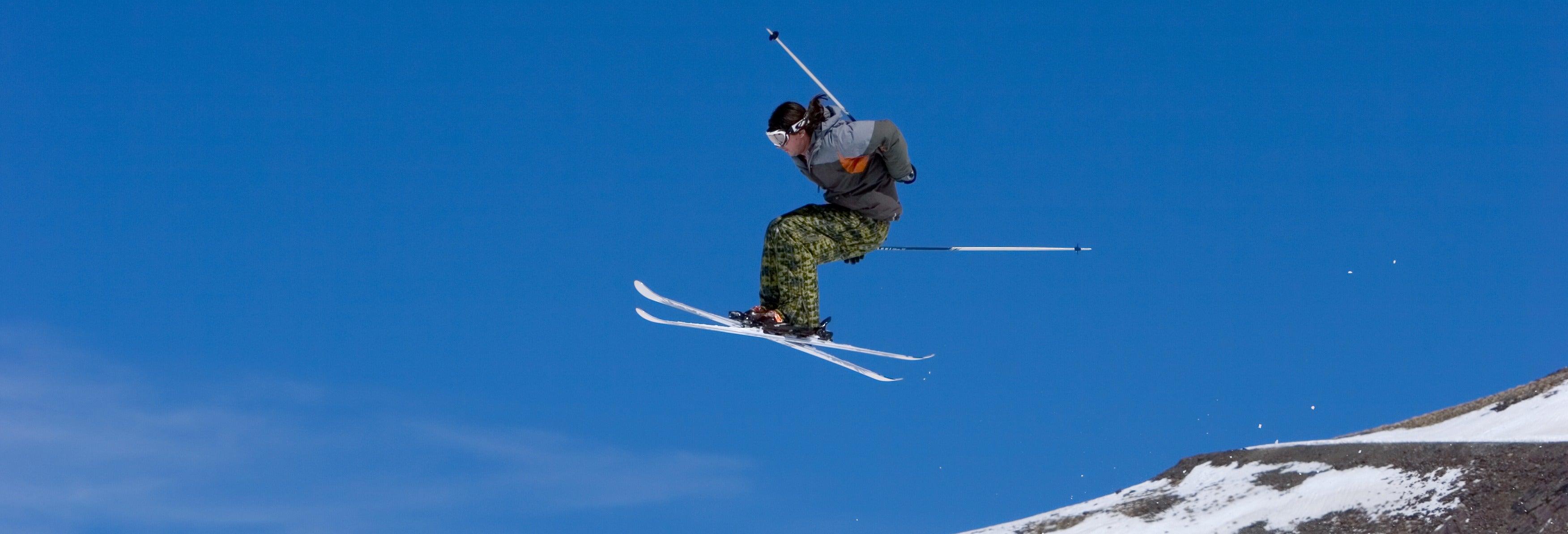 Forfait para Sierra Nevada + Alquiler equipo de esquí o snowboard