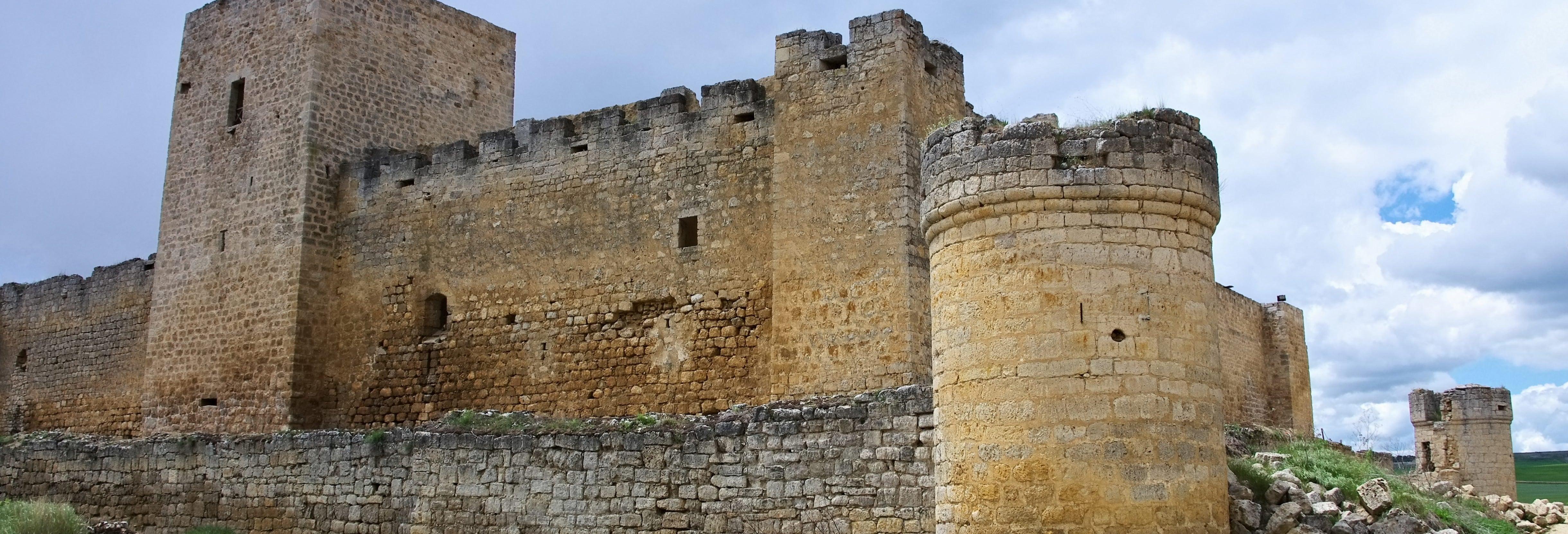 Ingresso do Castelo Encantado de Trigueros del Valle
