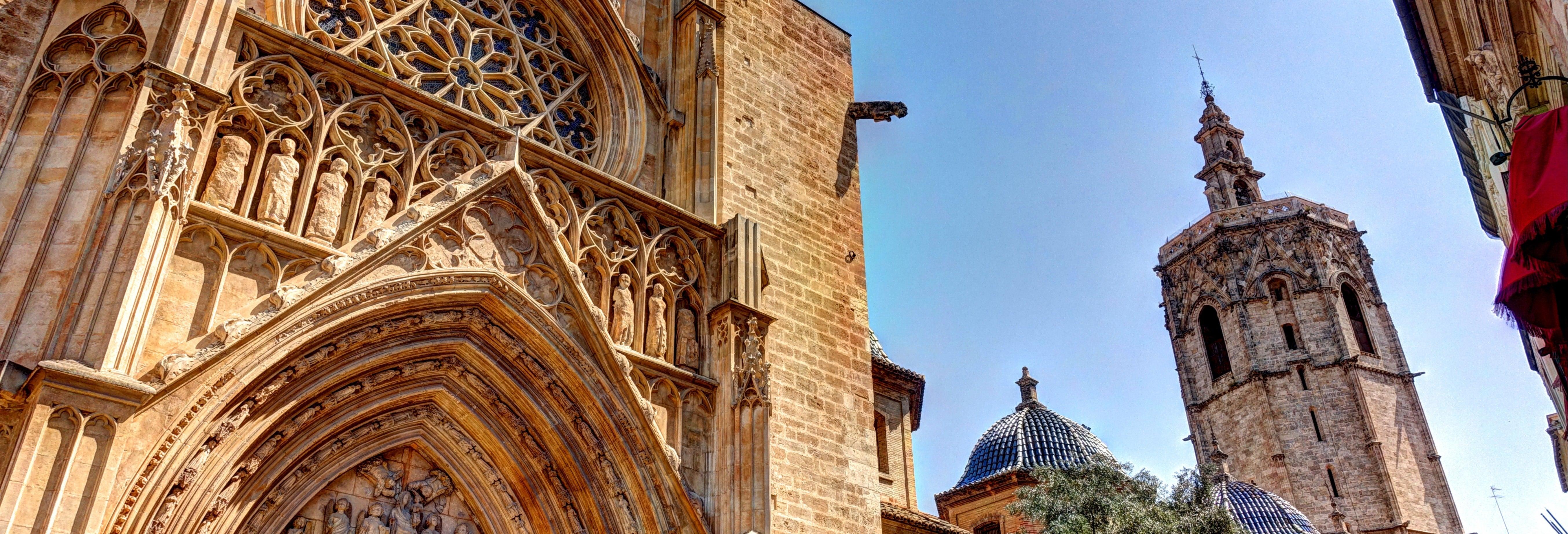 Visite de la Valence médiévale