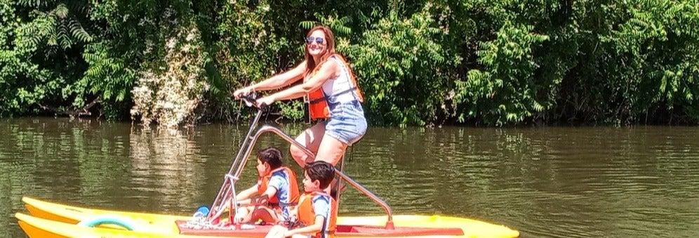 Alquiler de bicicleta acuática en el río Pisuerga