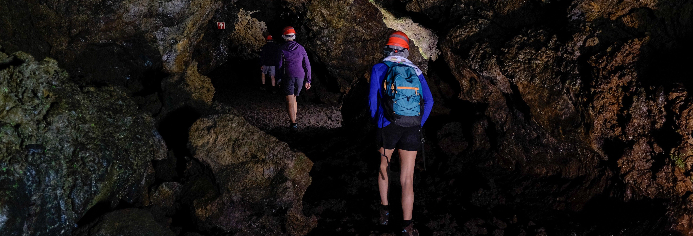 Espeleología de iniciación en la cueva del Burro