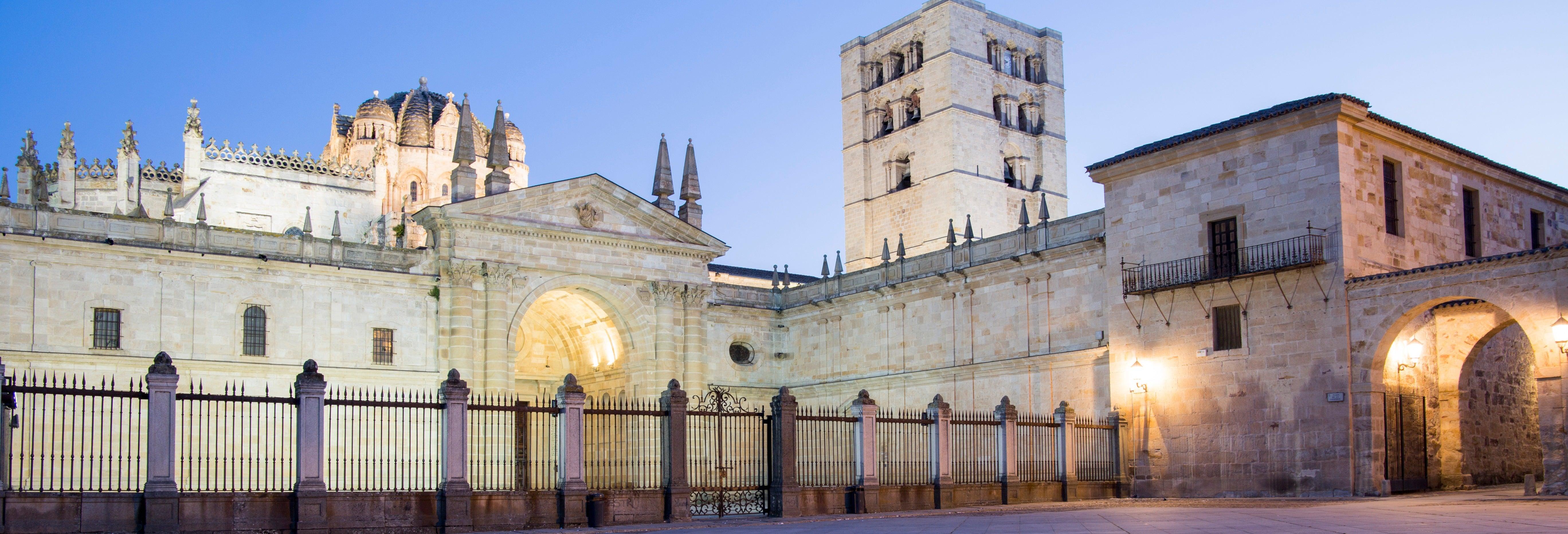 Tour de luces y leyendas de Zamora