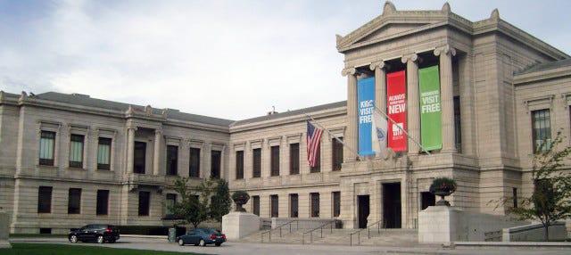 Entrada al Museo de Bellas Artes