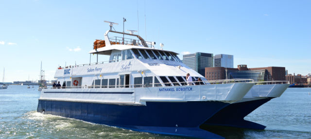 Ferry a Salem