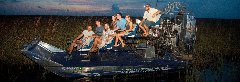 Passeio noturno de airboat pelos Everglades