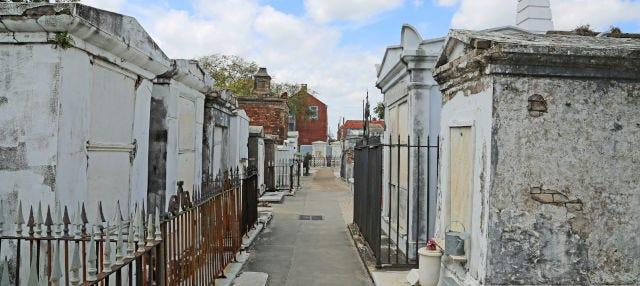 Visita guidata al Cimitero di Saint Louis
