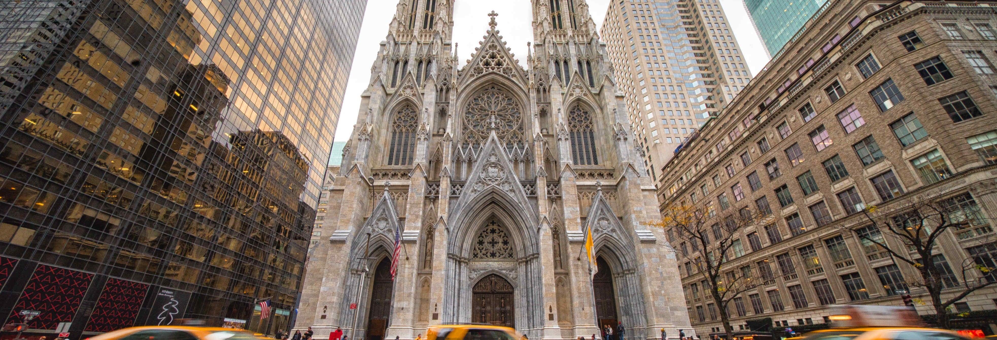 Ingresso da catedral de St. Patrick com audioguia