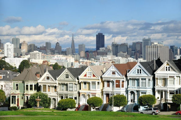 Famous victorian houses in San Francisco