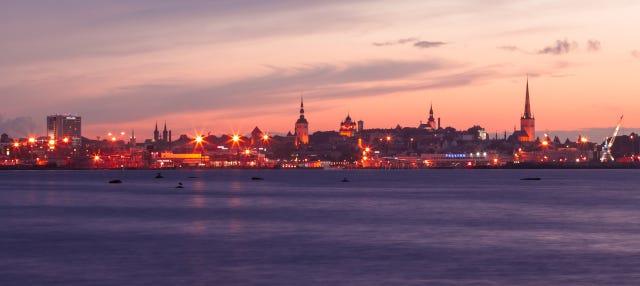 Crucero con cena por la bahía de Tallin