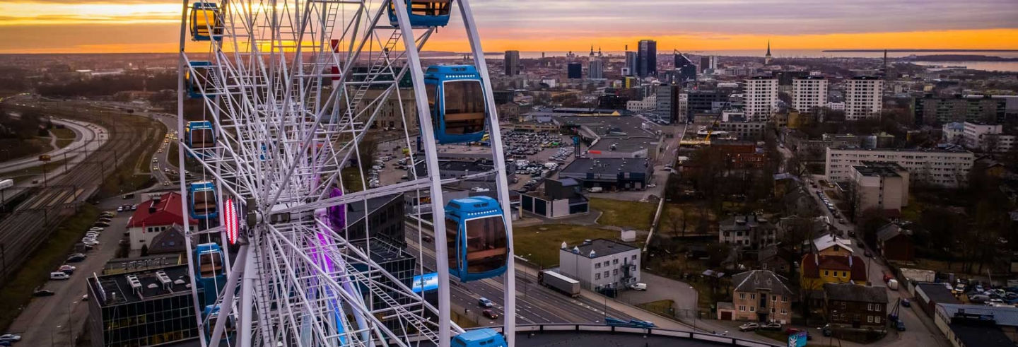 Entrada a Skywheel Tallin