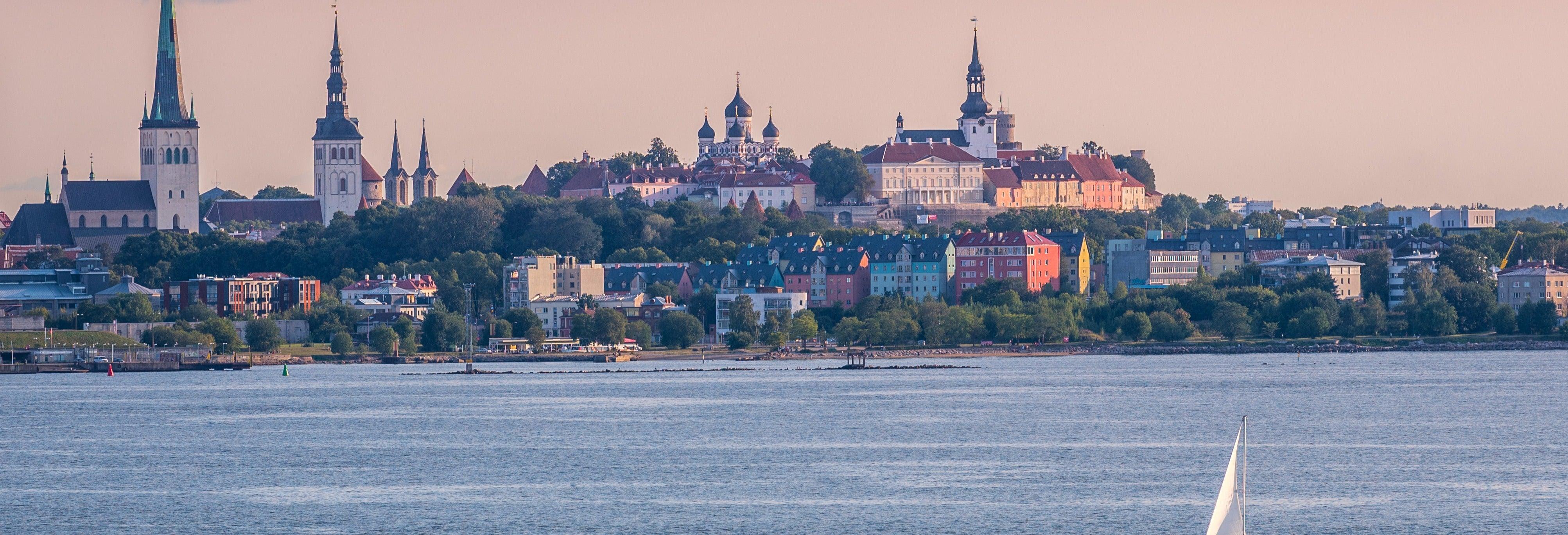 Paseo en barco por la bahía de Tallin