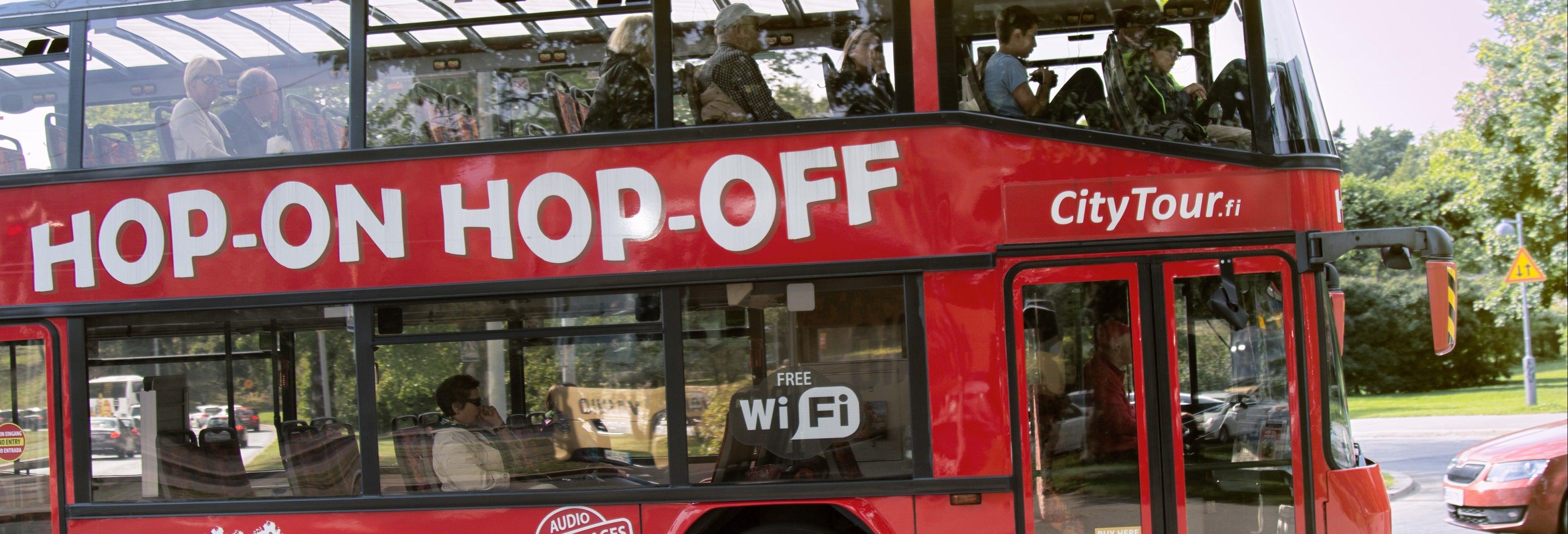 Autobús y barco turístico de Helsinki