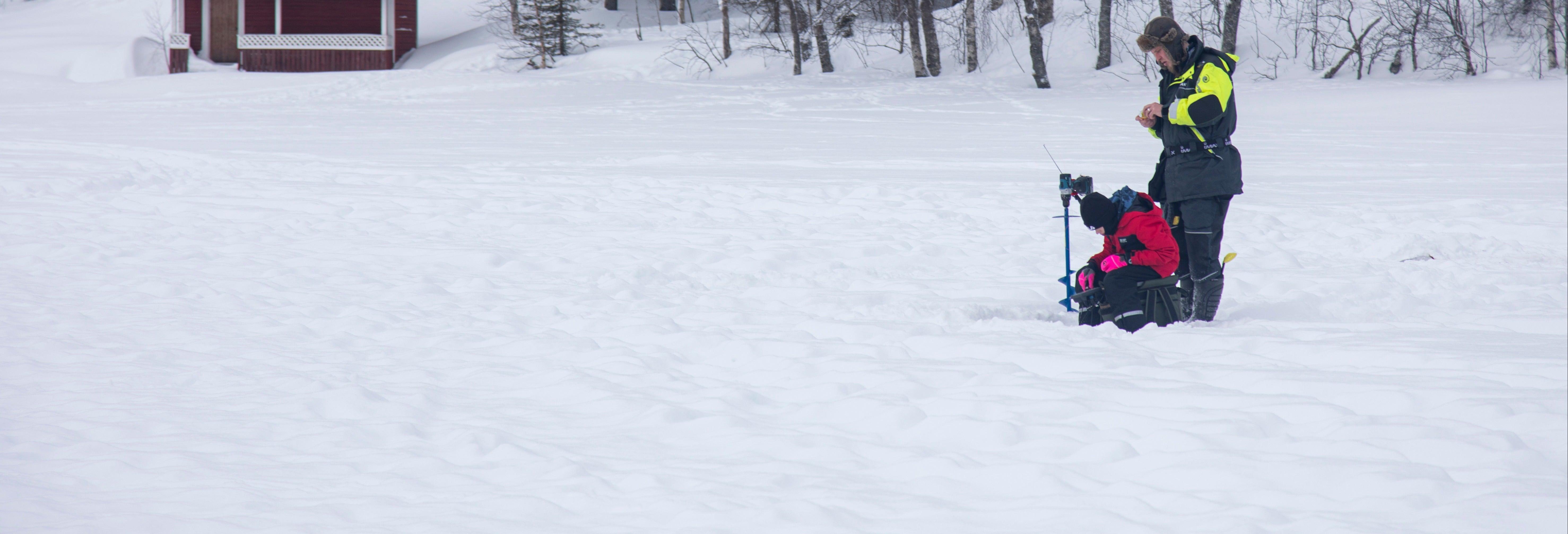 Pesca en el hielo en Luosto