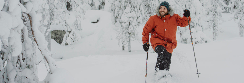 Passeio com raquetes de neve pelo Parque Nacional Pyhä-Luosto