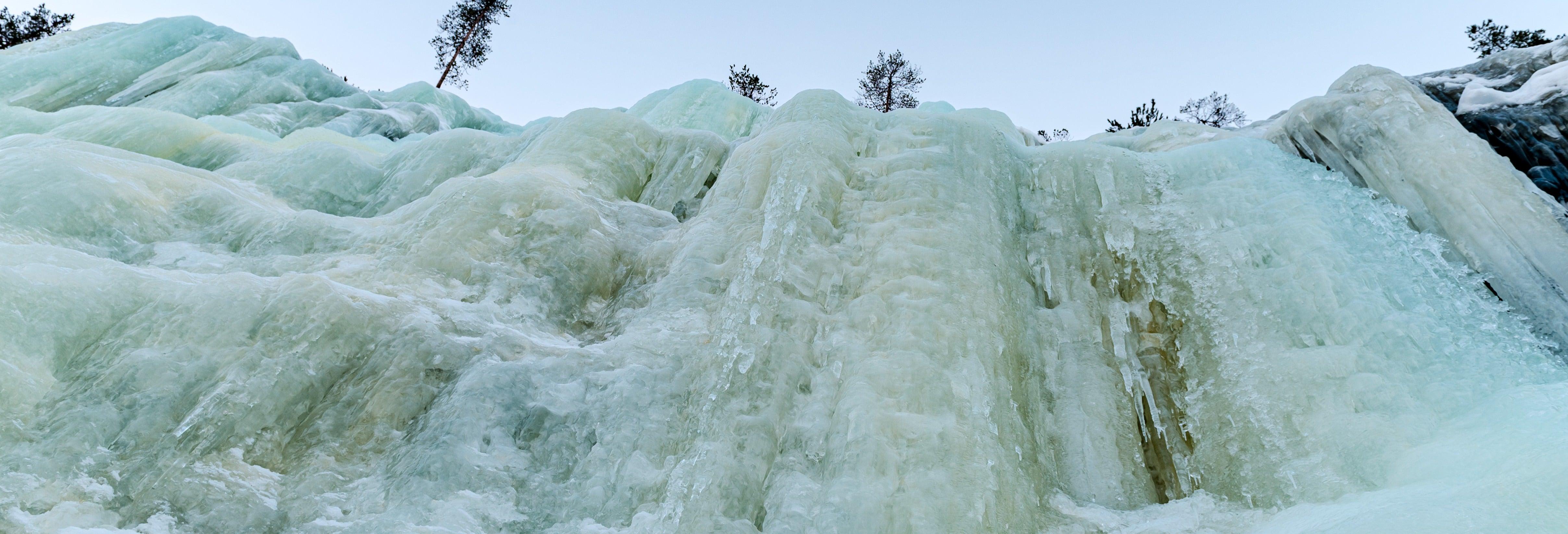 Escursione alle cascate congelate di Korouoma