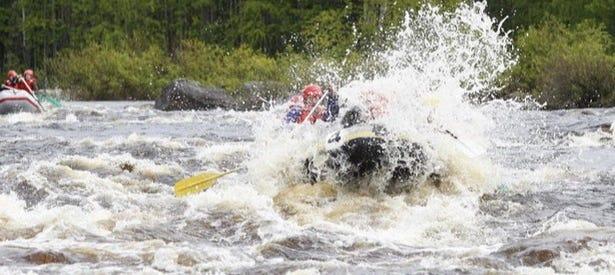 Rafting en el río Ártico
