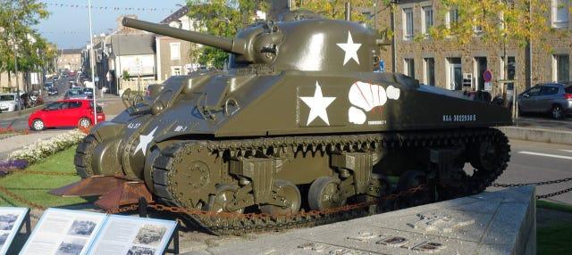 Tour de la II Guerra Mundial por Avranches