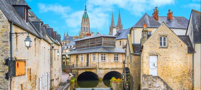 Tour privado por Bayeux con guía en español