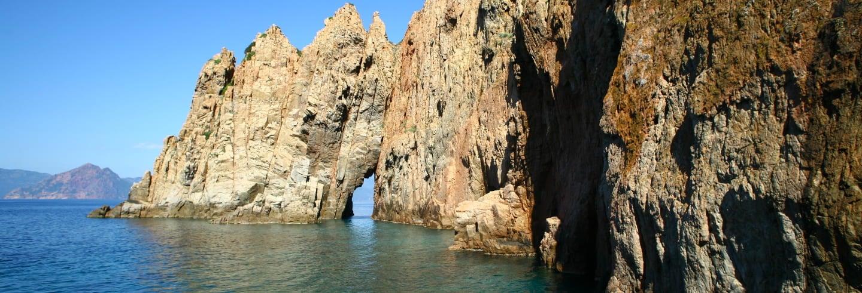 Excursión en barco a Scandola y Girolata