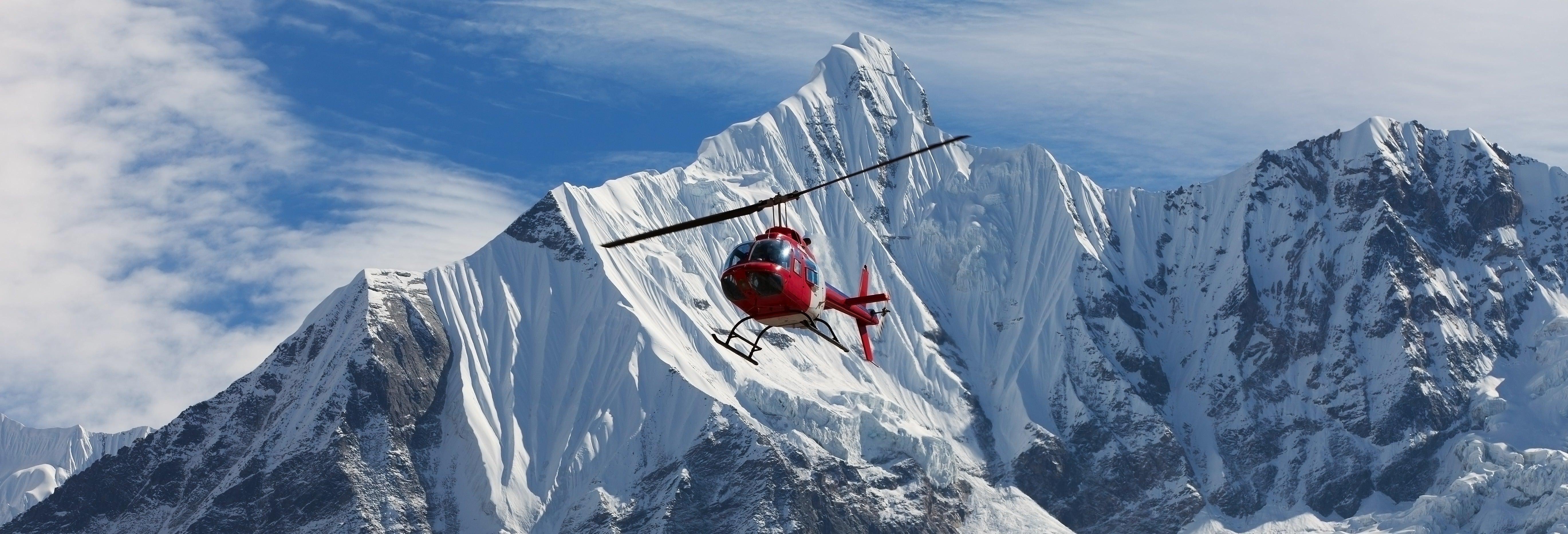 Passeio de helicóptero pelo Mont Blanc