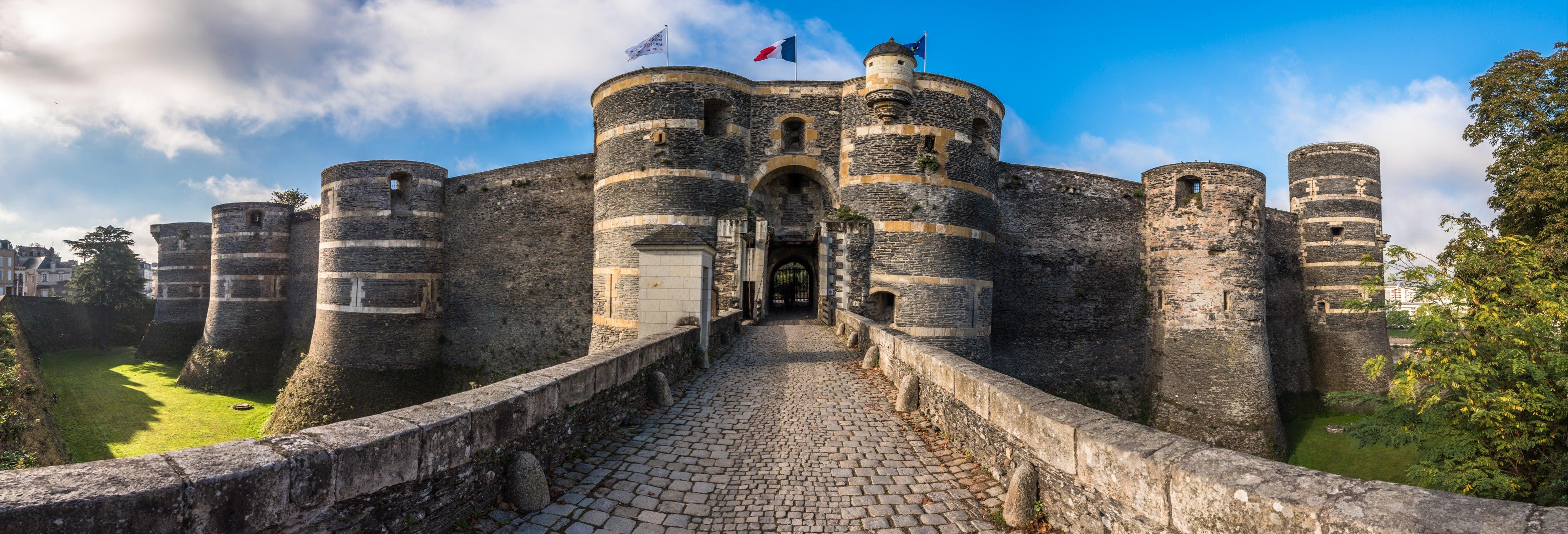 Excursión a Angers y valle del Loira