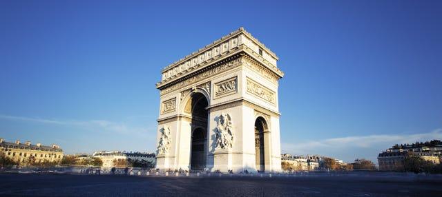 Entrada al Arco del Triunfo sin colas