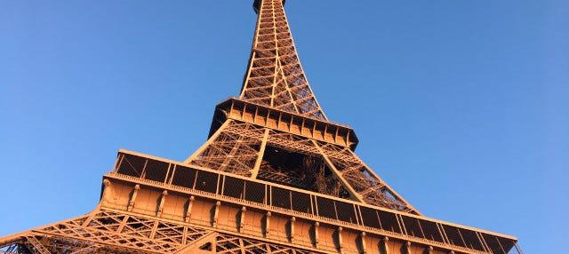 Subida a pie a la Torre Eiffel