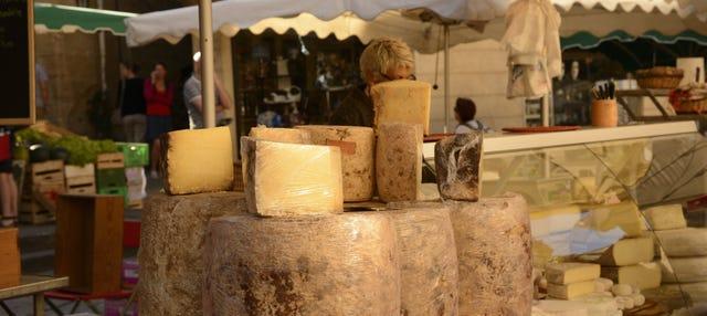 Tour gastronómico por el mercado de Sarlat