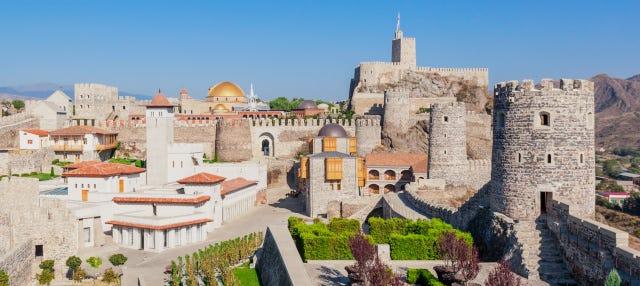 Excursión a Borjomi, Vardzia y el castillo de Rabati