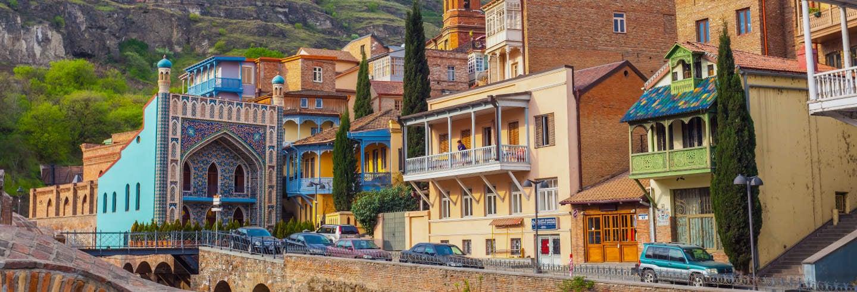 Autobus e battello turistico di Tbilisi + Mtskheta