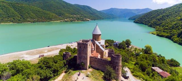 Excursión a Kazbegi y Ananuri